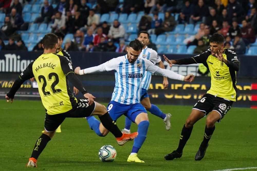 Partido del Málaga CF y el Tenerife en La Rosaleda.