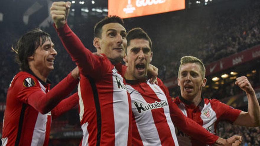 El Athletic sufre para clasificarse ante el Olympique