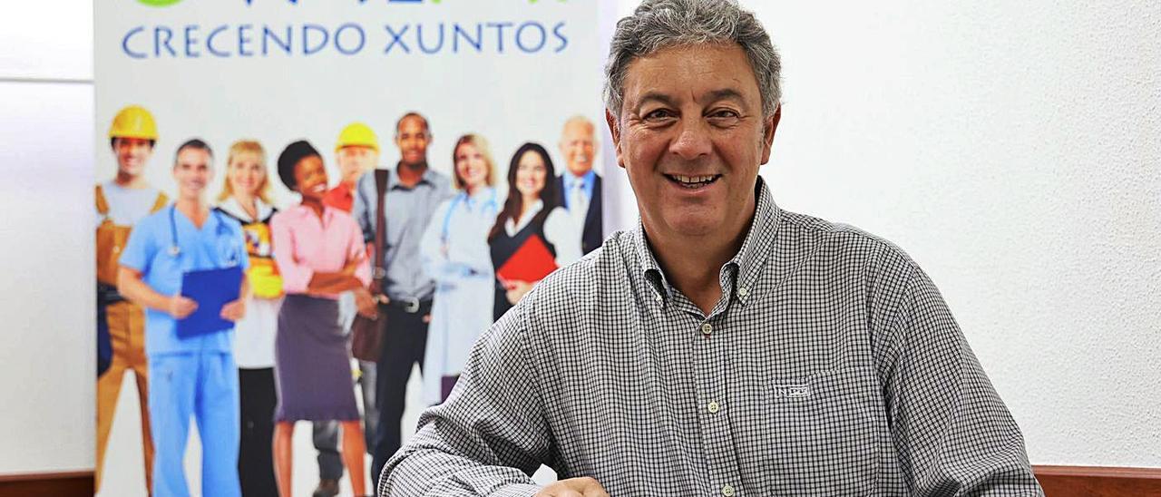 José Ángel Goce, en la sede de OValmi en Nigrán.   | // ALBA VILLAR