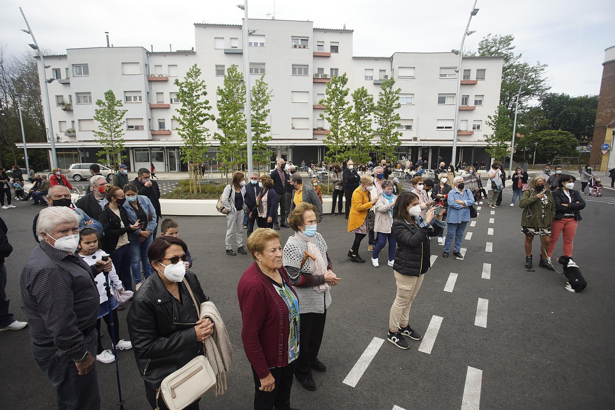Girona estrena la remodelada plaça Germans Sàbat amb un acte lúdic