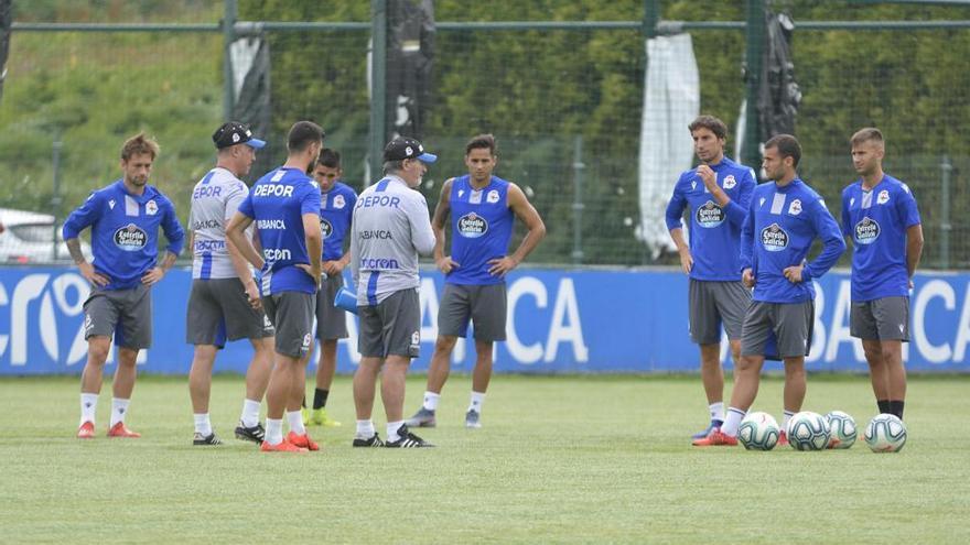 El Huesca negocia por Mosquera