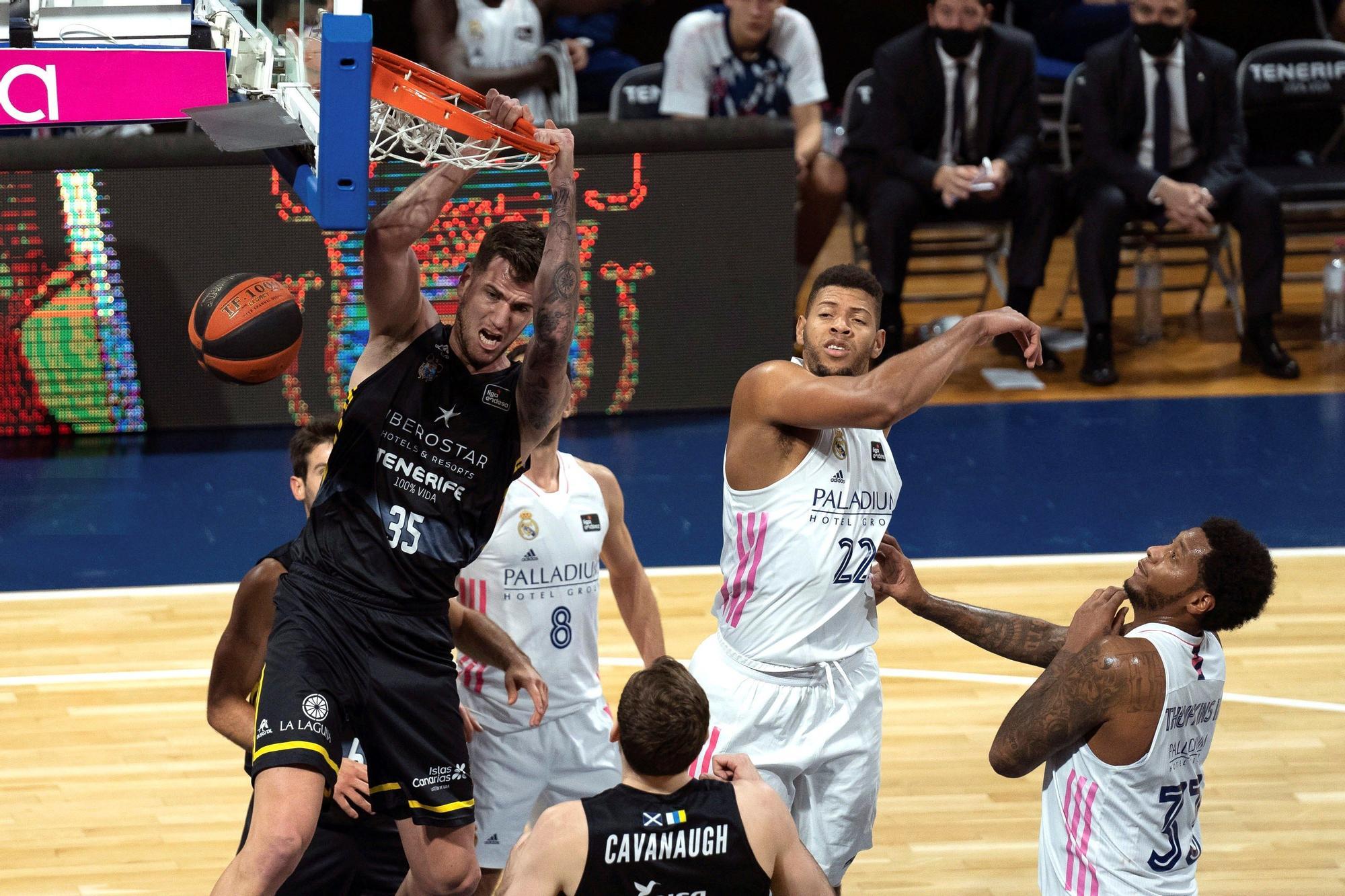 Baloncesto: Iberostar Tenerife - Real Madrid