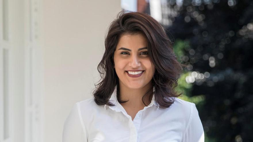 Arabia Saudí libera a la activista feminista Loujain al Hathloul