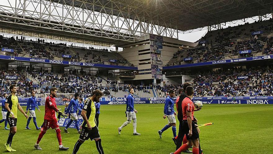 El Sporting y el Oviedo confían en contar con público en el final de Liga: estos son los plazos que se manejan