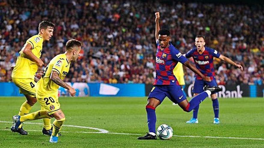El Barça salva los muebles