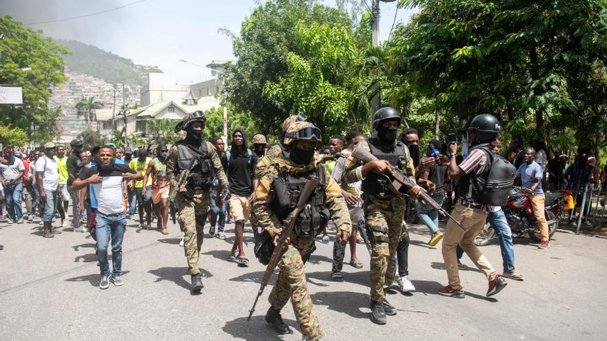 Detenidos 17 sospechosos del asesinato del presidente de Haití, en su mayoría colombianos