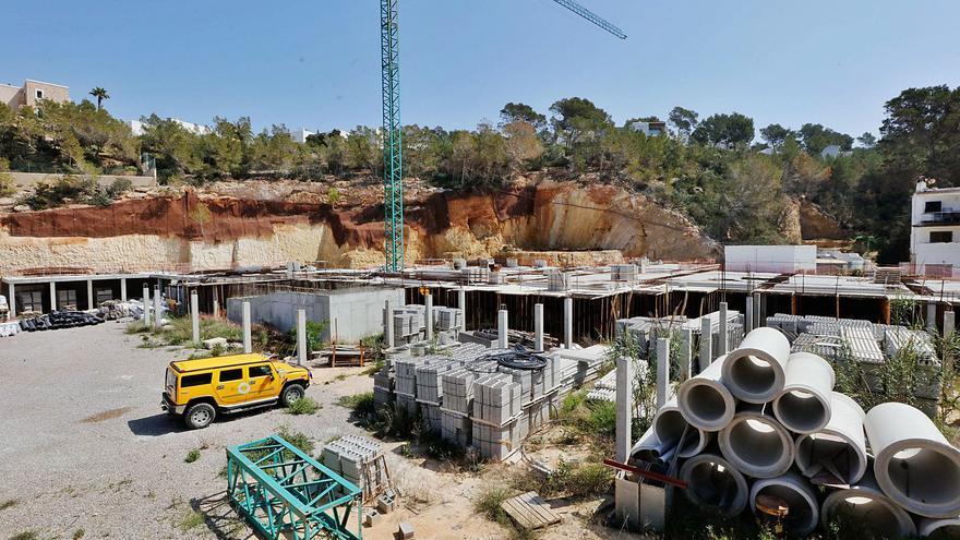 Sant Josep ordena la demolición en dos meses de las obras de Vadella 24