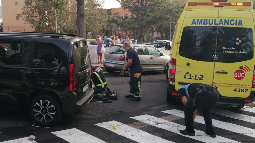 Un joven resulta herida tras ser atropellada en Santa Cruz