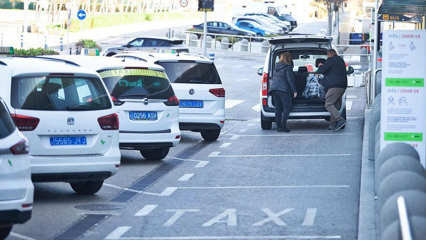 El Consell de Ibiza niega que los taxistas cobren los viajes de retorno de forma irregular