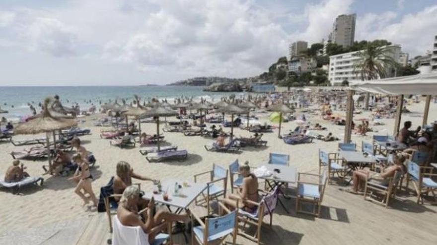 Wer Strandgäste betreut, muss Katalanisch können
