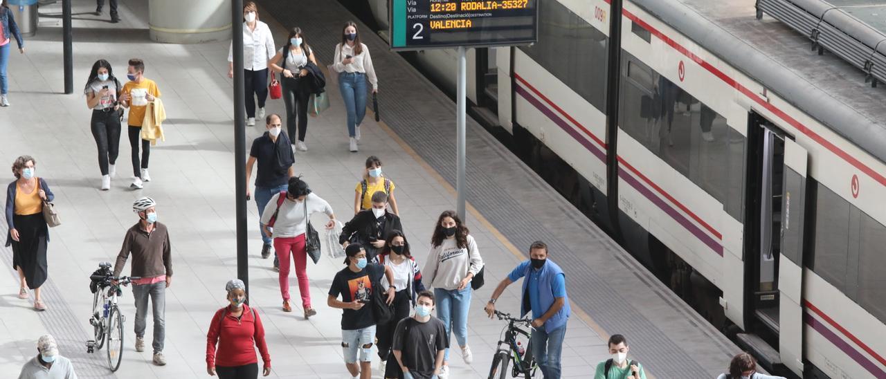 Una de cada cuatro incidencias registradas durante la semana en el núcleo de Cercanías de València afectó a los trenes con origen o destino Castelló.