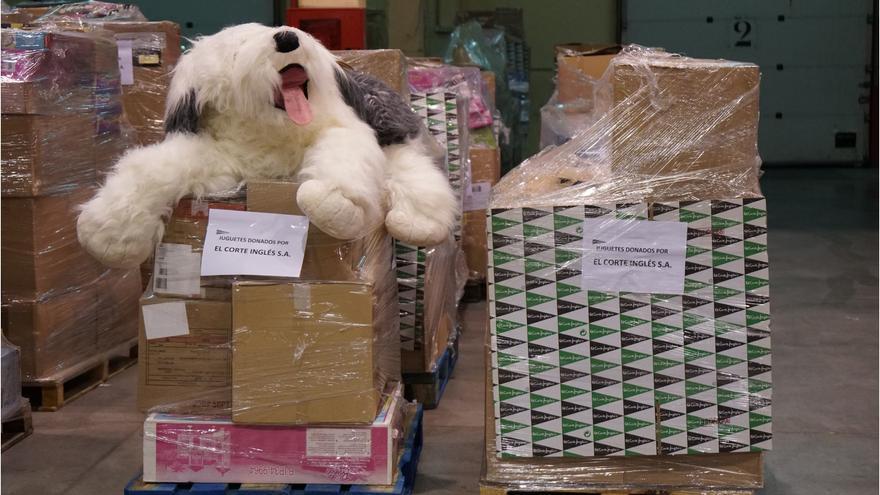 El Corte Inglés entregará 50.000 juguetes a diversas ONG's, la mayor donación de su historia