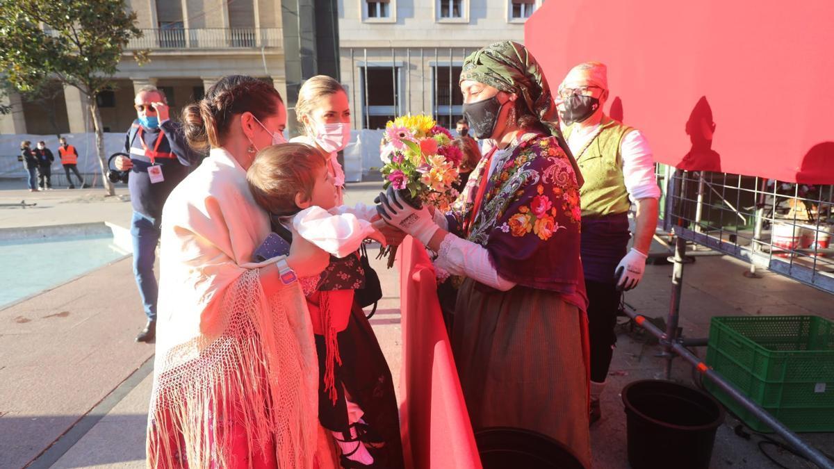 FOTOGALERÍA | La Ofrenda de Flores de estas fiestas del Pilar 2021