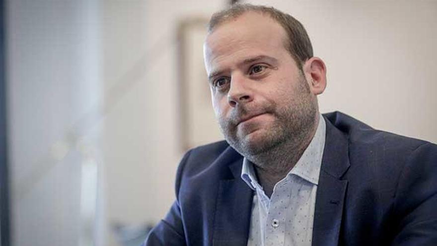 El conseller Mir hará cuarentena por haber estado en contacto con un positivo