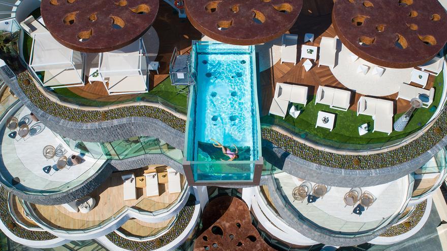 GF Hoteles vuelve con nuevas promociones para que disfrutes de tus vacaciones de verano aquí cerquita, en Costa Adeje