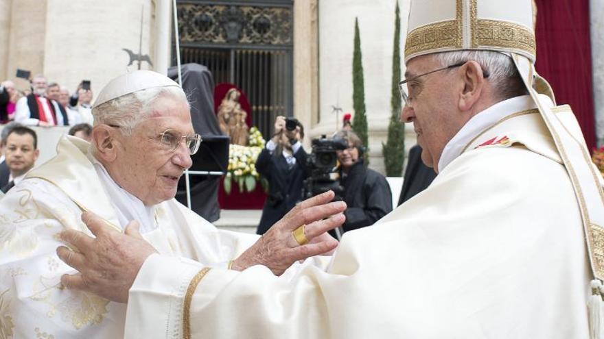 Benedicto XVI revela que se prepara para su muerte