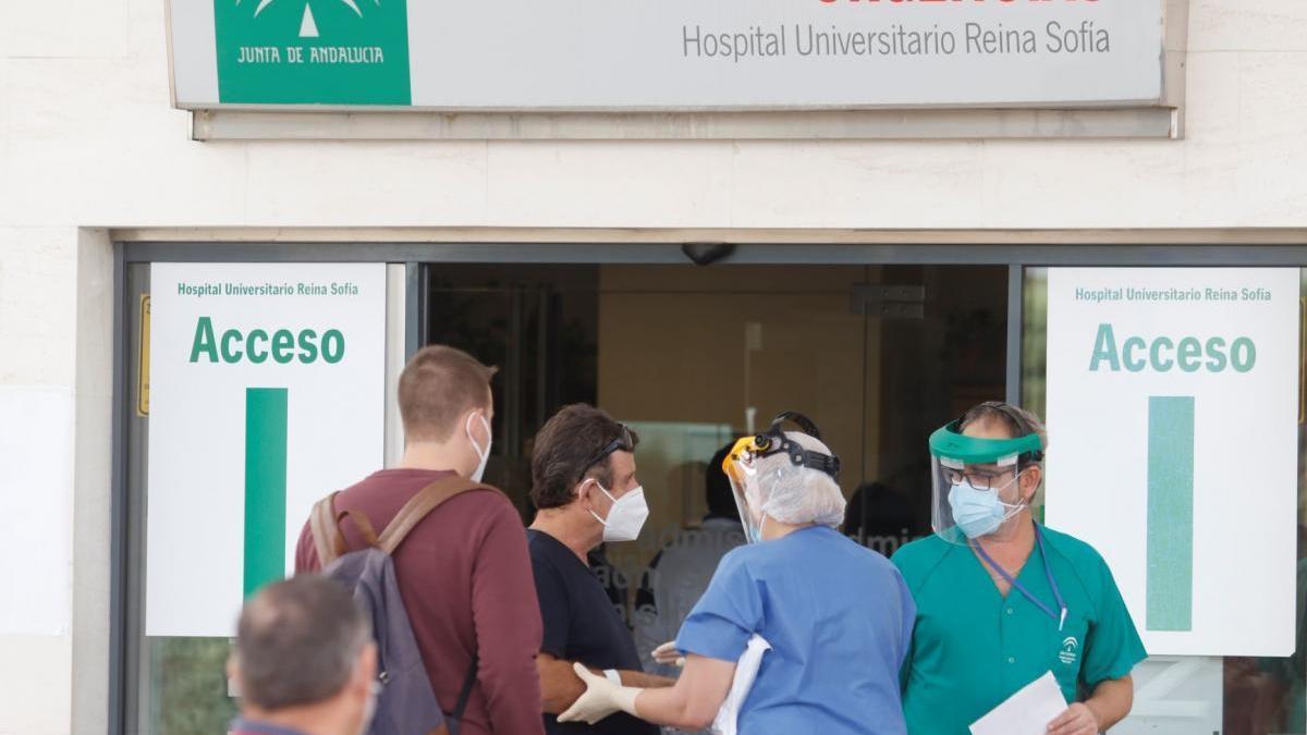 Dos fallecidos más por covid en Córdoba mientras la curva de contagios sigue cayendo