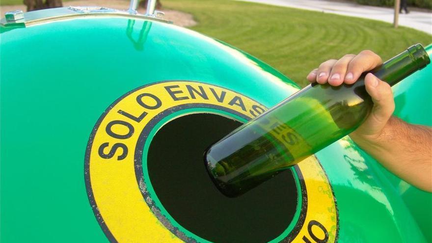 Sadeco y Ecovidrio ponen en marcha una campaña para fomentar el reciclaje de vidrio