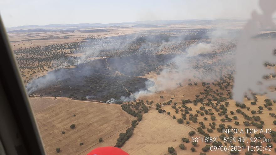 Extinguido un incendio en la finca Navalcarazo, en la Sierra de La Grana, Fuente Obejuna