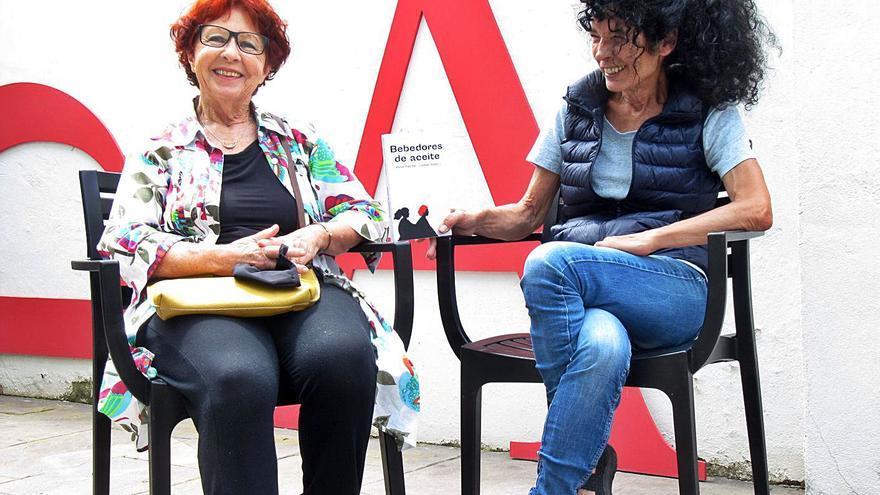 El debut literari de Carme Rabell i Anna Ribera uneix ciència-ficció i molt d'humor