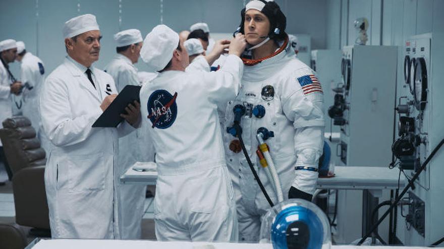 Gosling: de las estrellas a la luna