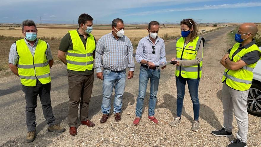 La Diputación invierte 629.000 en la mejora de la carretera que une Villalonso y Valladolid