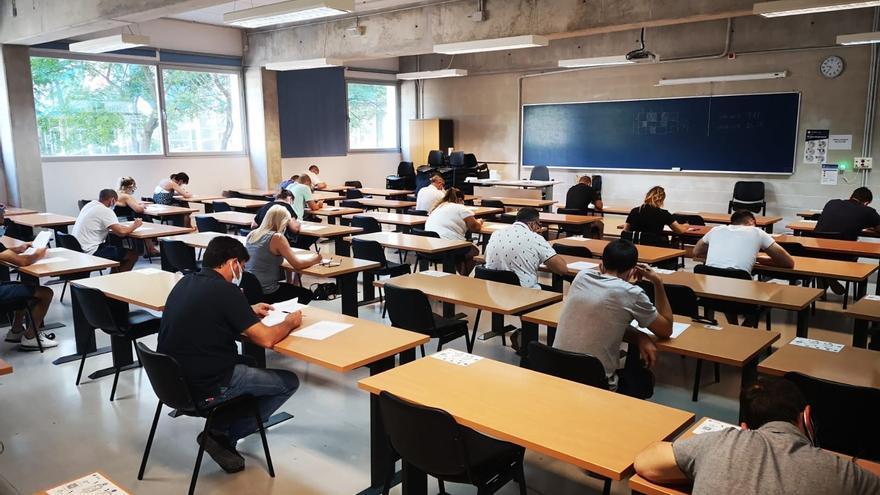 Unas 600 personas se presentan a las pruebas de peón especialista/operario de Calidad Urbana de Emaya