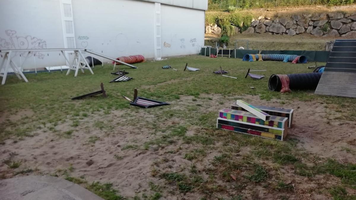 El circuit d'entrenament caní, després dels actes incívics.