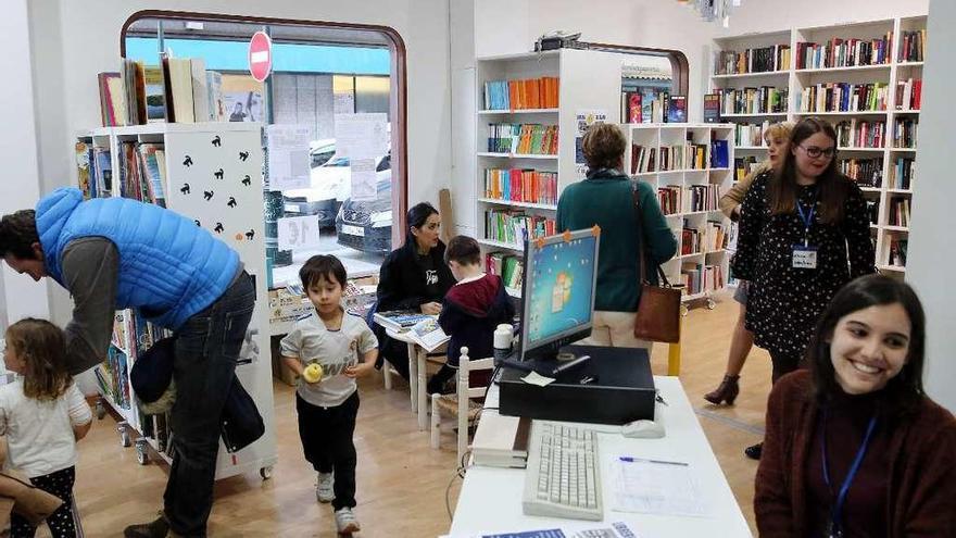 AIDA, Ayuda, Intercambio y Desarrollo hermana literatura y solidaridad
