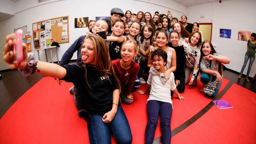 Figueres recull el títol de «Ciutat Amiga de la Infància» en un acte a Santander