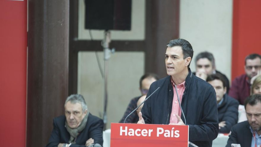 """Pedro Sánchez defiende su modelo: """"Nos convierte en el partido más democrático"""""""