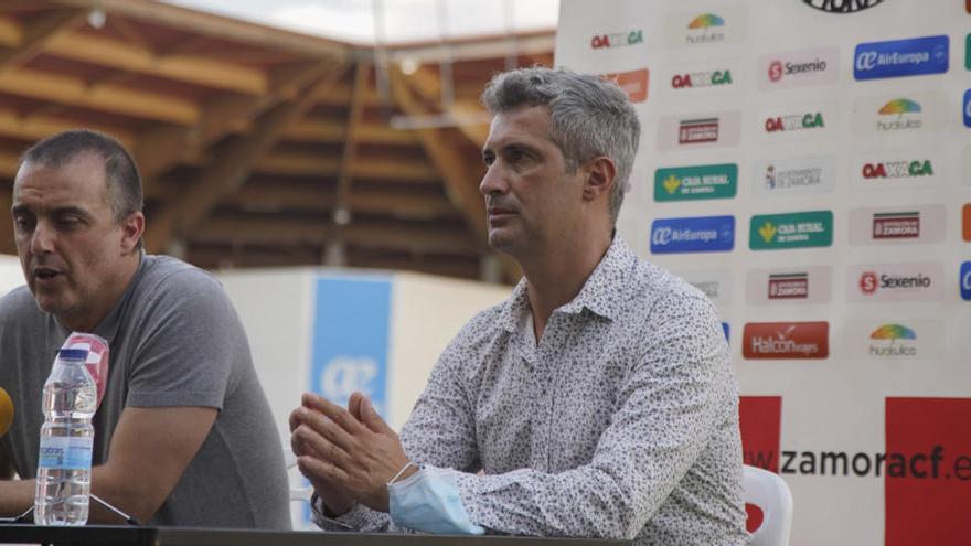 César Villafañe, secretario técnico, y José María Hernández.