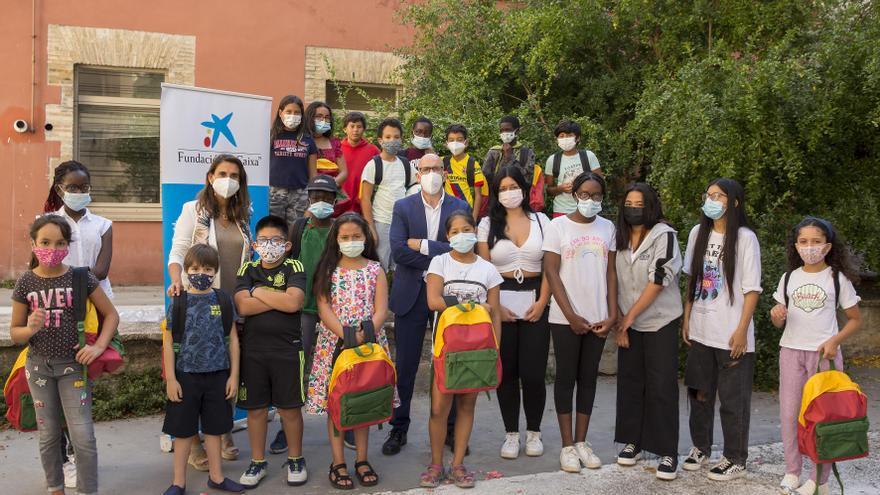 Fundación La Caixa y CaixaBank colaboran con cerca de 3.400 escolares de Zaragoza en situación de vulnerabilidad