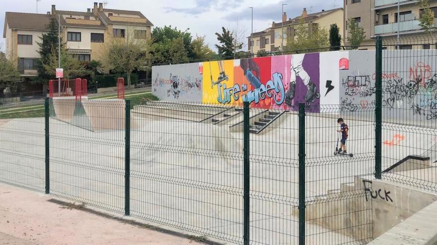 Solsona instal·la una tanca al voltant de l'«skate park» per fer-ne complir l'horari i garantir el descans veïnal