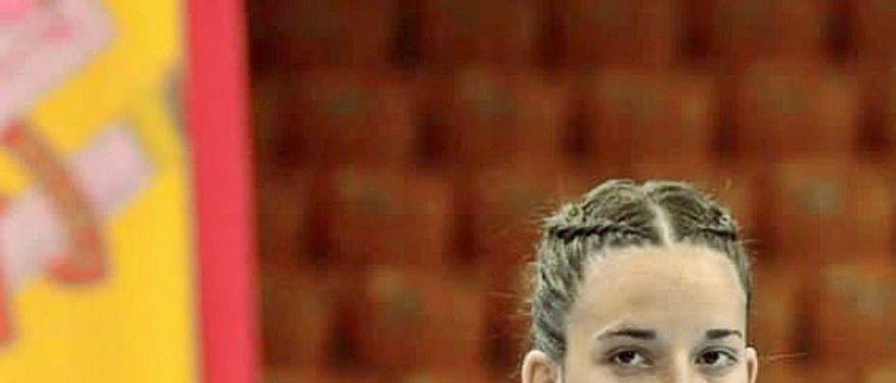 María Palomo, con el uniforme de la selección española.