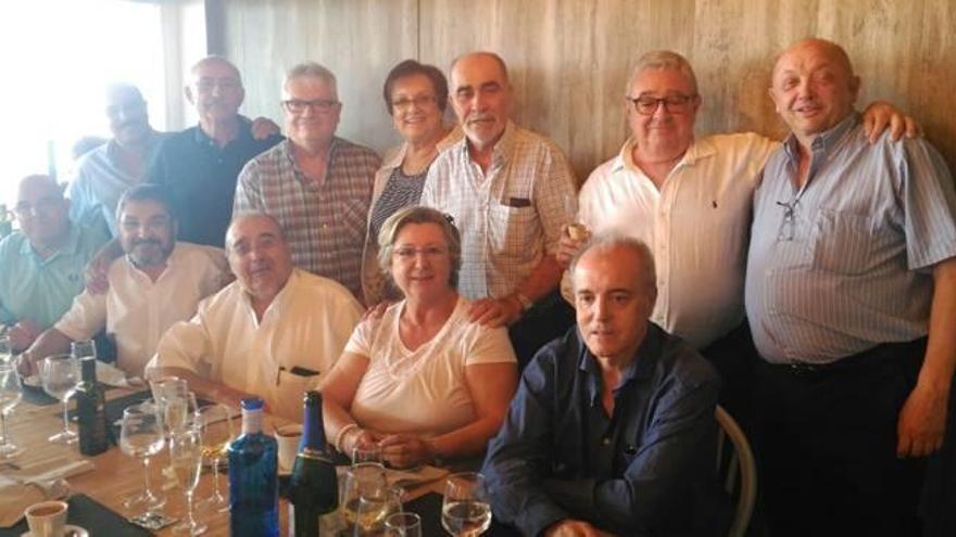 Celebración por los 40 años de practicantes