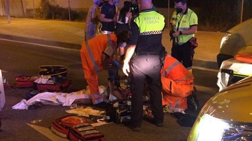 Muere atropellada por un motorista de reparto de comida en Alicante