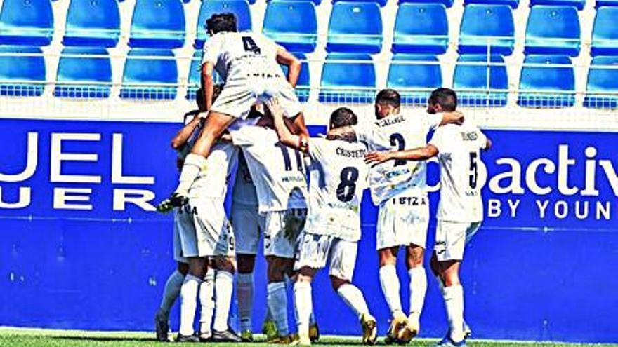 La Peña Deportiva cumple con un empate en el Alcoraz