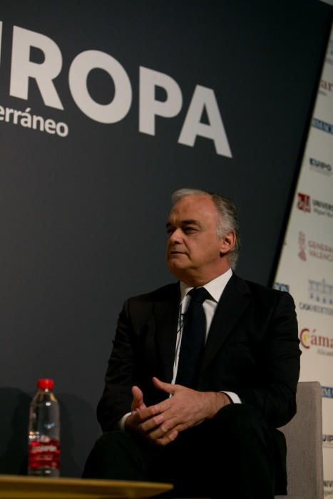 El eurodiputado del PP ha abordado diversos temas como el Brexit o la crisis en Cataluña
