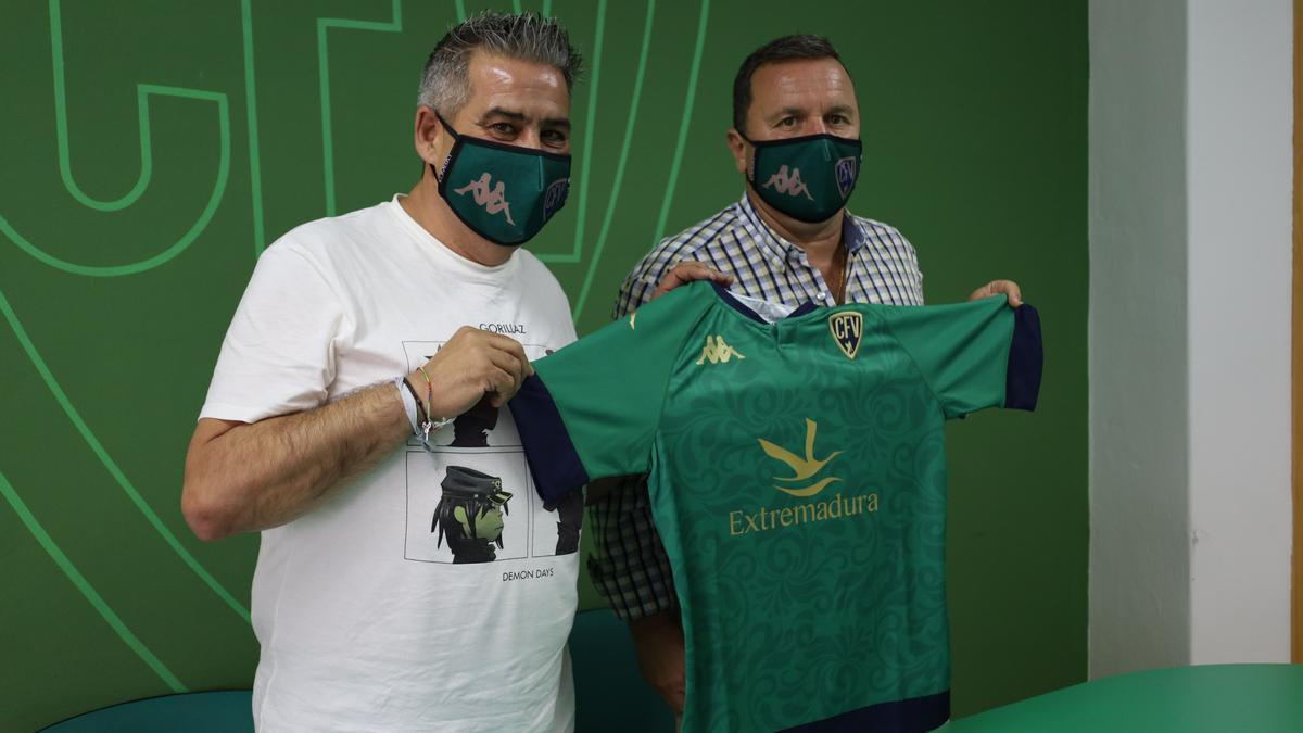 Pepe Cuevas y José María Tapia.