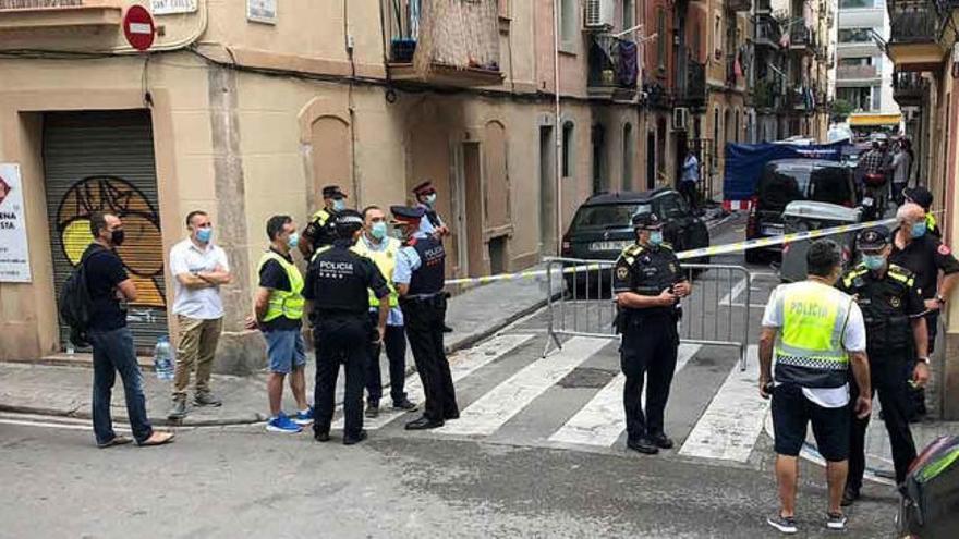 Tres muertos y un herido grave en un incendio en la Barceloneta