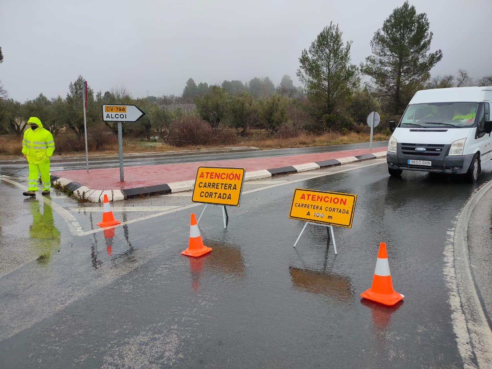 Carreteras cortadas por la nieve en la Comunitat Valenciana