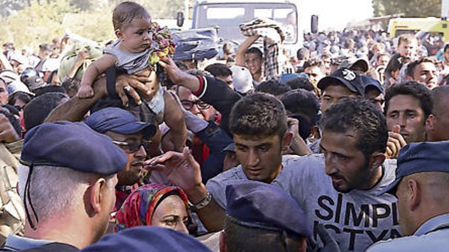 Canarias ofrece 651 plazas para alojar a los refugiados de Siria y busca más