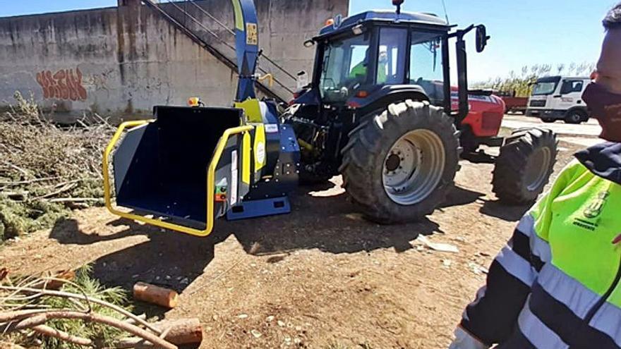El Ayuntamiento de Benavente adquiere una nueva astilladora