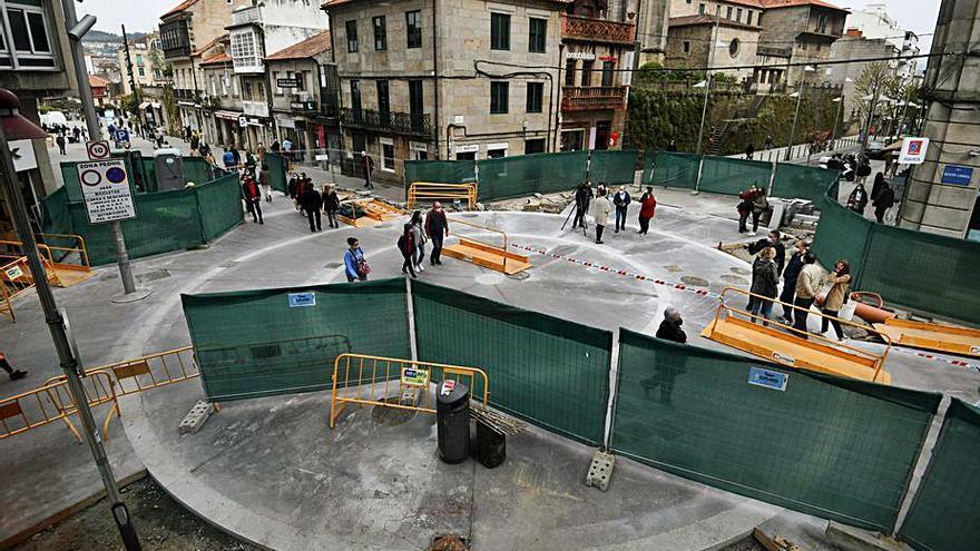 Abierta al tráfico peatonal la nueva plaza circular del cruce entre Benito Corbal y Cobián Roffignac