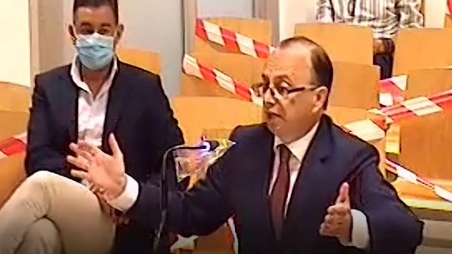 José Luis Castedo al fiscal: ¿Usted me está diciendo que nos pasamos la legislación mercantil por el arco del triunfo?