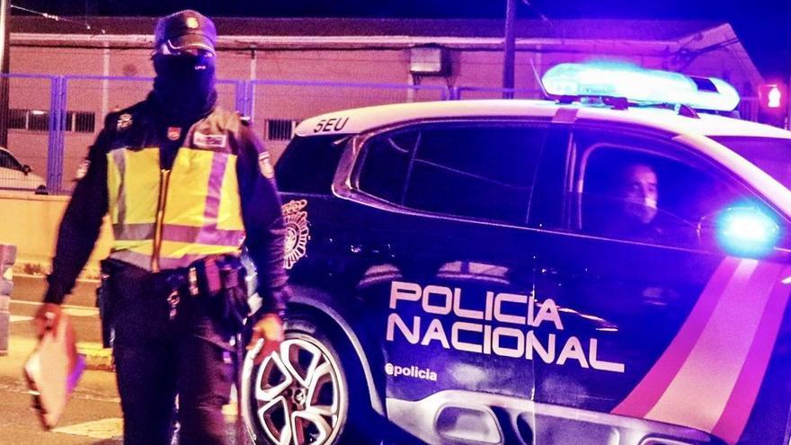 Prostitución clandestina en Alicante, sin mascarillas y en horario de restricción nocturna