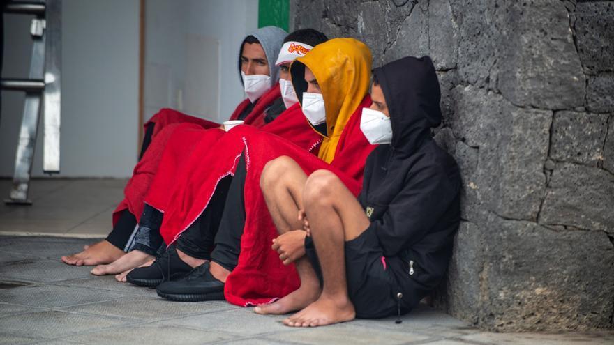 CC pide que el Estado negocie las plazas de acogida con Canarias