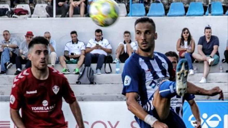 El Alcoyano es eliminado de la Copa Federación por alineación indebida