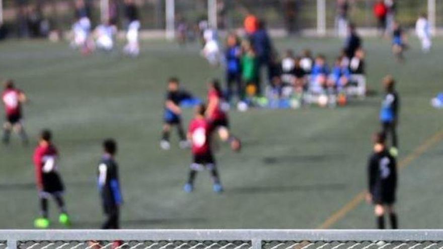 Los padres no podrán ver el fútbol de sus hijos en la Comunidad Valenciana